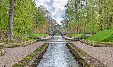 Schlosspark Ludwigslust, Grosse Kanal mit Blick auf Steinerne Brücke, fotografiert von Detlef Klose